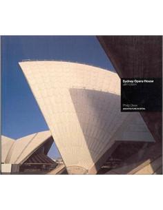 Sydney Opera House : Jorn Utzon